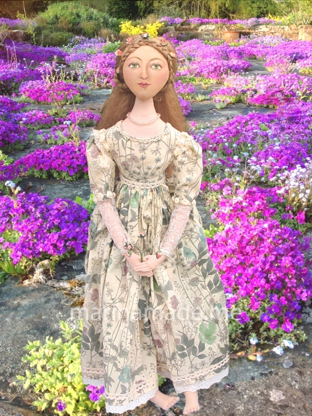 Art Muses inspired by artist's paintings, by Marina Elphick. lMarina's muses, individually hand made creations. Marina's muses are inspired by artists models, individually handmade using fine cotton lawns and silks. Art Muses, art-dolls inspired by artist's paintings, by Marina Elphick