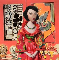 Lydia muse in front of 'Gran Interior en Rojo',by Henri Matisse. Muse by Marina Elphick.