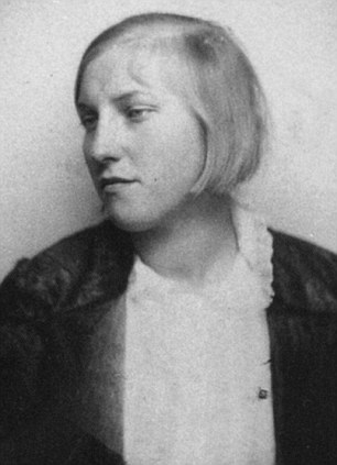 Marie-Therese, 1928-29 photograph.