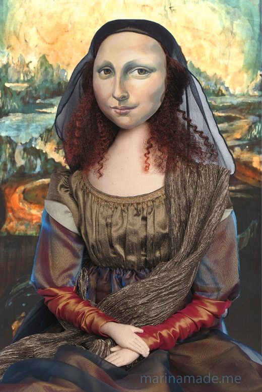 "Mona Lisa with batik ""Leonardo style"" Italian landscape, by Marina Elphick. Mona Lisa muse sculpted in textiles by Marina Elphick."