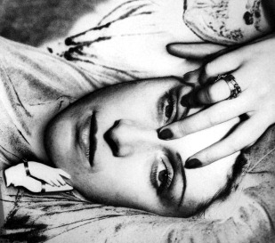 Dora Maar photograph by Man Ray 1936.
