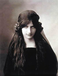 Jeanne Hébuterne, photographed in 1916, muse and lover of Amedeo Modigliani.