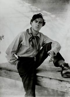 Photo of Modigliani, 1918.