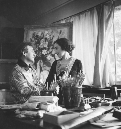 Marc Chagall with Bella in his studio, 1934, by Roger-Viollet.Bella Rosenfeld, Bella Chagall.