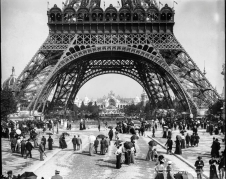Photograph of the 'Exposition Universelle de 1900', held at the grounds of the Eiffel tower.