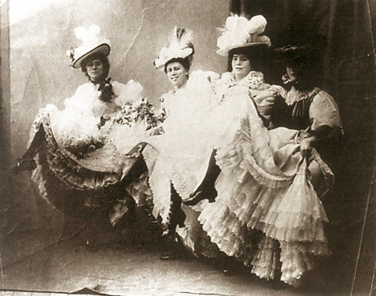 La Troupe de Mademoiselle Eglantine, 1890, Photographer unknown.