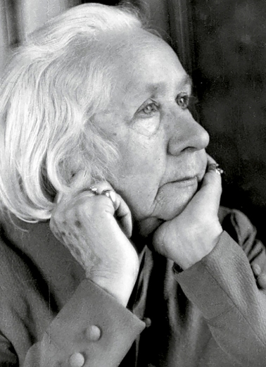 Photograph of Gabriele Münter, 1952.